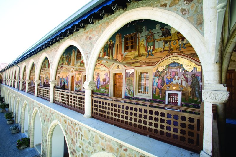 You are browsing images from the article: Kykkos Monastery Mosaics